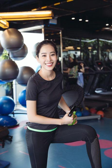 Hoa khoi Nam Em tung anh ao tam nong bong - Anh 10