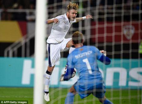 Macedonia 2-3 Italia: Cu dup than thanh cua Ciro Immobile - Anh 3