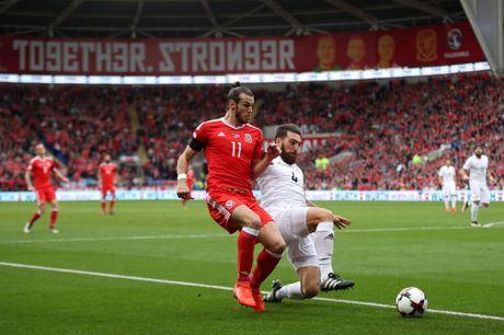Bale ghi ban, xu Wales van phai chia diem voi Gruzia - Anh 2