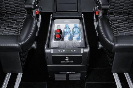 'Phong hop di dong' Brabus Mercedes Sprinter gia 5,5 ty - Anh 5
