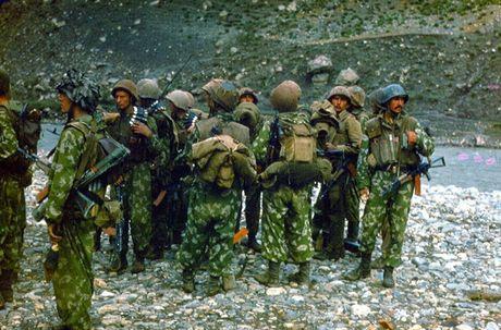 Chum anh mau hiem ve Hong quan Lien Xo o Afghanistan - Anh 12