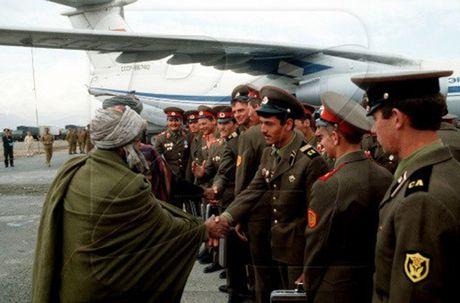 Chum anh mau hiem ve Hong quan Lien Xo o Afghanistan - Anh 16