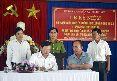 Ky niem 66 nam Ngay thanh lap luc luong Cong an xa (10-10-1950 - 10-10-2016): Cong an o xa - Anh 2