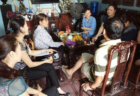 Nam Dinh: Loi dung long tin, 2 me con 'nu quai' lua dao hang chuc ty dong - Anh 1