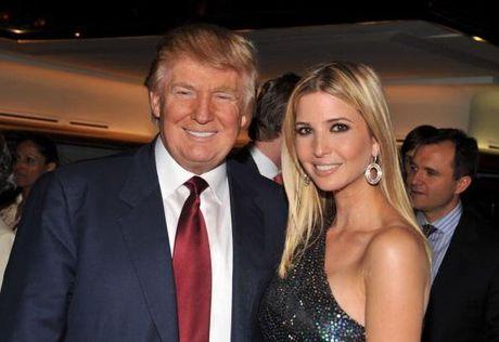 """Donald Trump cho phep binh pham con gai ruot la """"mot co gai ngon"""" - Anh 1"""