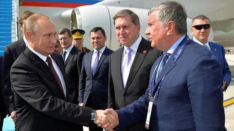 Tong thong Vladimir Putin: Nga san sang tham gia thoa thuan cua OPEC - Anh 1