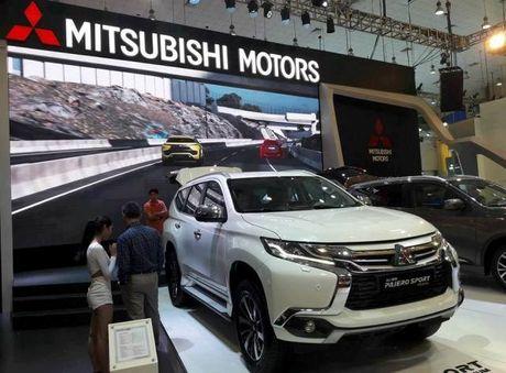 Mitsubishi dua mau SUV Pajero Sport Premium quyet chinh phuc thi truong Viet Nam - Anh 4