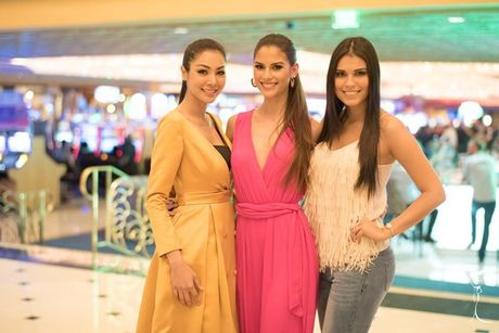 Nguyen Thi Loan tu tin o Miss Grand International 2016 - Anh 9