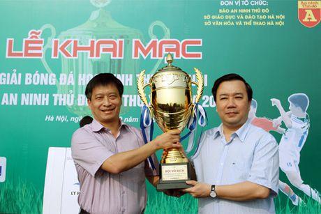 Giai bong da hoc sinh THPT - Bao ANTD lan thu XVI - 2016: Thoa con khat doi cho - Anh 1