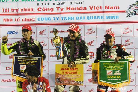 Giai dua xe mo to cup quoc gia vong 11 nam 2016: Kich tinh den phut cuoi cung - Anh 8