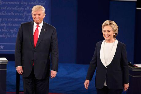 Bat dau cuoc 'so gang' lan 2 cua Hillary Clinton va Donald Trump - Anh 1