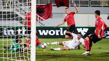 Vong loai World Cup 2018: Tay Ban Nha thang nhe, Italia thang nhoc - Anh 2