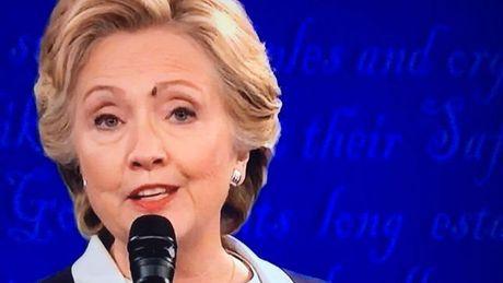 """Bau cu My: Con ruoi tren mat ba Clinton tro thanh """"ngoi sao"""" mang xa hoi - Anh 1"""