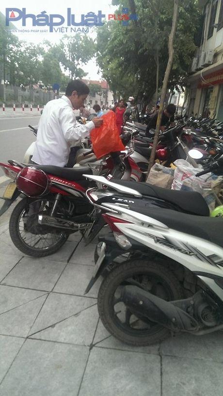 Dia oc Plus 24h: Nghia trang bac ty 'dap chieu' tai thi xa Muong Lay - Anh 3