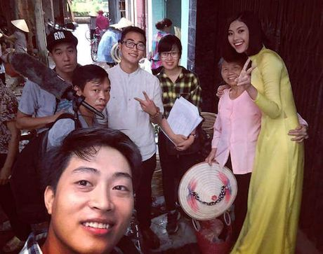 Dao Thi Ha quay hinh cung S-Viet Nam - Anh 3