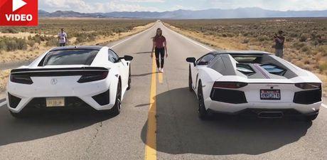 Acura NSX so ke voi sieu xe Lamborghini Aventador LP700-4 Roadster - Anh 1