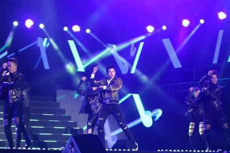 Tiet muc cua Noo Phuoc Thinh lot top 5 phan bieu dien hay nhat 'Asia Song Festival 2016' - Anh 2