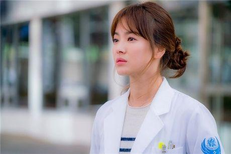 Ke tung tin Song Hye Kyo la 'gai bao' nhan muc phat 3 trieu won - Anh 1
