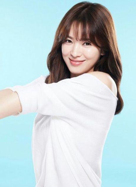 Ke tung tin Song Hye Kyo la 'gai bao' nhan muc phat 3 trieu won - Anh 2