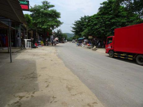 Ba Thuoc - Thanh Hoa: Xa Dien Lu rang ro nong thon moi - Anh 2