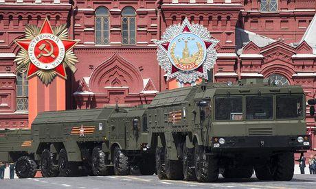 NATO bao dong vi Nga dua ten lua hat nhan den Kaliningrad - Anh 1