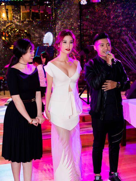 Ngung chieu tai Viet Nam, 'Gang tay do' sang Uc - Anh 3