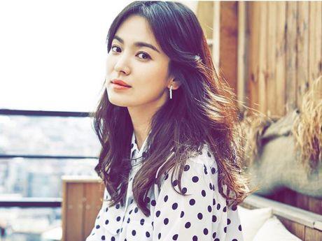 Nguoi tung tin Song Hye Kyo cap dai gia bi phat - Anh 1