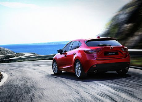 Trieu hoi hon 21.000 chiec Mazda3 do ro ri nhien lieu - Anh 1