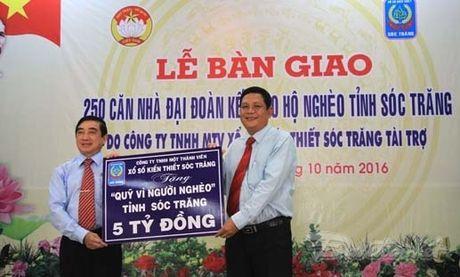 Soc Trang ban giao 250 can nha Dai doan ket - Anh 2