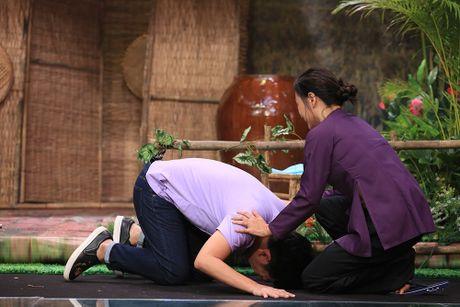 Truong Giang bat khoc trong game show - Anh 4