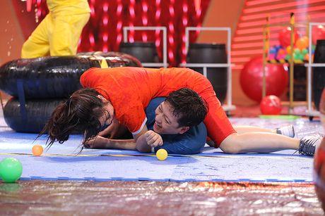 Truong Giang bat khoc trong game show - Anh 8