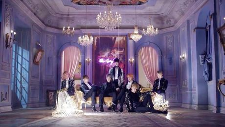 MV moi cua BTS lap nhieu thanh tich khi ra mat - Anh 1
