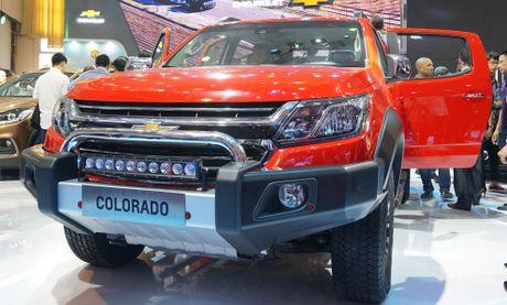 Chevrolet Colorado phien ban nang cap gia tu 619 trieu o VN - Anh 1
