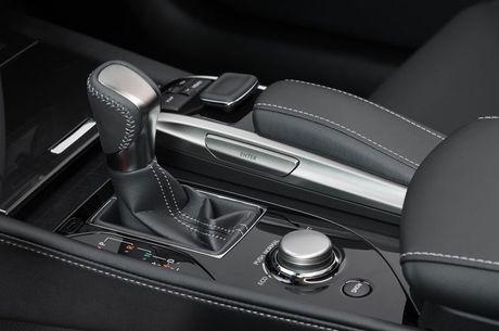Can canh sieu xe 3,13 ty dong cua Lexus tai Vietnam Motor Show 2016 - Anh 24