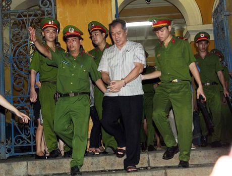 'Vu khi' nao khien Ha Van Tham co the 'sai khien' nguoi khac? - Anh 2