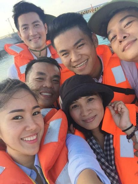 Chuyen di dinh menh xe duyen Le Phuong va chong sap cuoi co ca Quy Binh - Anh 3