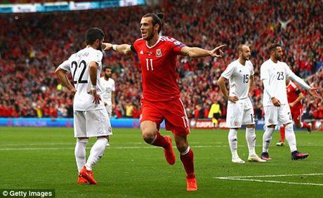 The thao 24h: Tay Ban Nha, Italia tiep tuc dua song ma - Anh 2