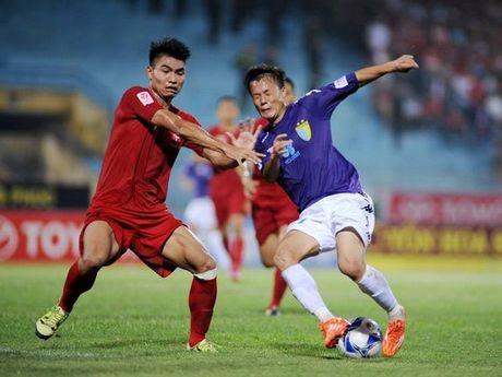 Huu Thang goi trung ve vo danh cua Hai Phong thay the Ngoc Hai - Anh 1