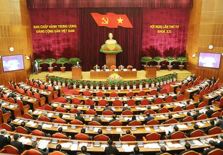 Ngay lam viec thu ba: Trung uong thao luan ke hoach phat trien KT-XH - Anh 1
