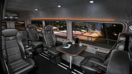 Brabus VIP Conference Lounge: Xe cho doanh nhan VIP - Anh 5