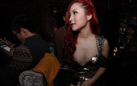 Huong Tram dien mot khong noi y moi luc moi noi - Anh 6
