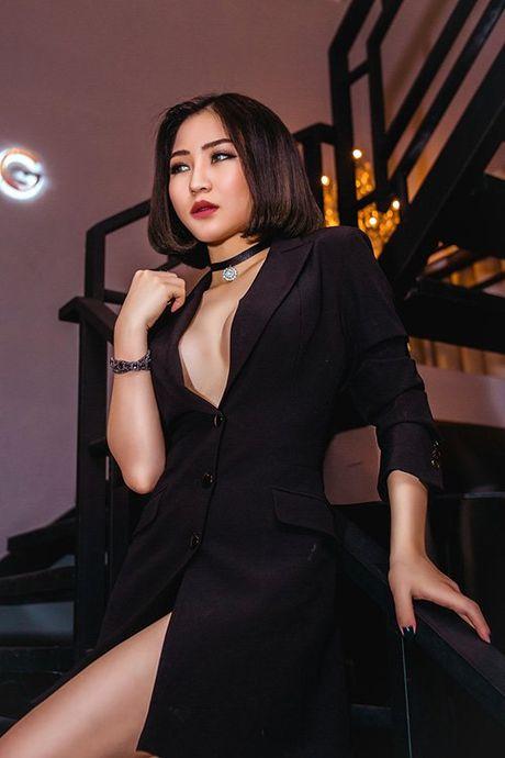 Huong Tram dien mot khong noi y moi luc moi noi - Anh 2