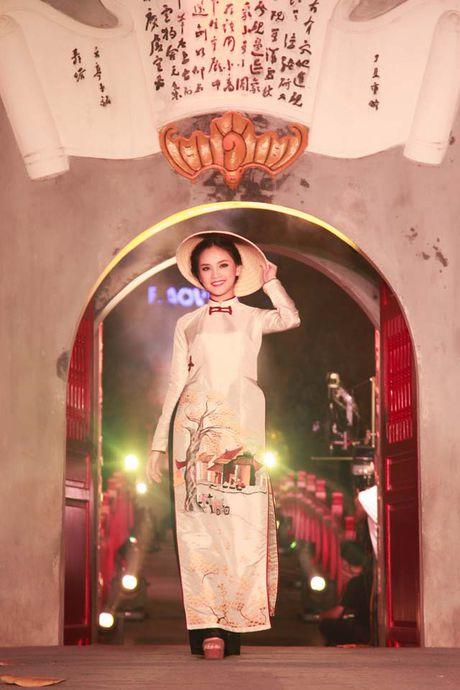 'Nguoi dep kha ai' To Nhu dep me hoac voi ao dai - Anh 8