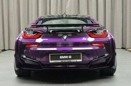 Me man voi BMW i8 mang mau 'Tim Chang Vang' cuc doc - Anh 6