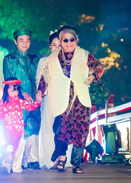 Top 10 Hoa hau VN 2016 To Nhu tu tin lam vedette - Anh 11