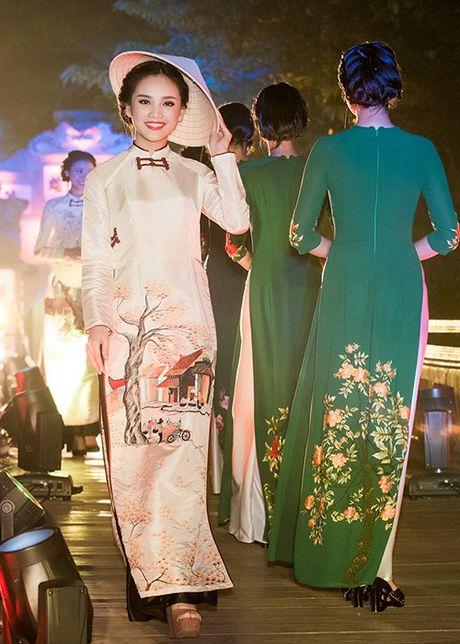 Top 10 Hoa hau VN 2016 To Nhu tu tin lam vedette - Anh 4