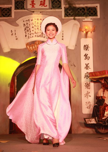 Top 10 Hoa hau VN 2016 To Nhu tu tin lam vedette - Anh 8
