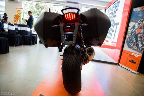 KTM 1290 Super Duke GT - SportTouring 173 ma luc, phuoc dien, gia 690 trieu - Anh 9