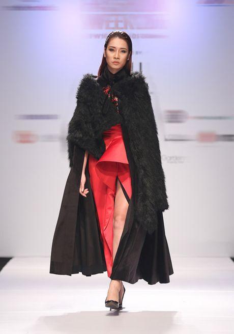 Trang 'do' Next Top sang chanh tren san dien - Anh 4
