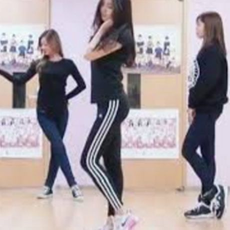 Na Eun duoc khen mac legging dep hoan hao - Anh 6